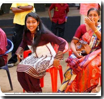 gossips related to navya nair hot photo gallery  actress navya nair    Navya Nair Engagement Photos